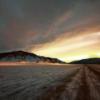 На горы зимние, взор Ваш, пусть неутомимым будет 23 :: Сергей Жуков
