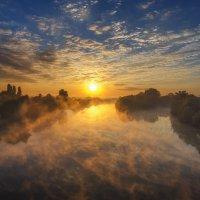 Рассвет на реке Протока :: Игорь Зубков