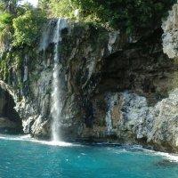 Анталья.Водопад.Средиземное море :: Юлия Закопайло