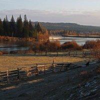 Прохладным утром на реке... :: Александр Попов