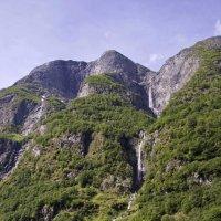 Водопады Согне-фьорда-4 :: Александр Рябчиков