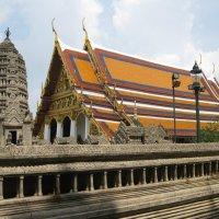 Бангкок. Храмовый комплекс. :: Лариса (Phinikia) Двойникова