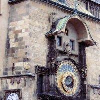 Прага. Астрономические часы на Староместской площади :: Ирина Арефьева