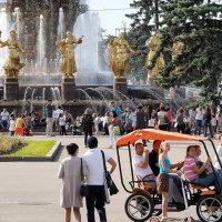 ритмы города-фонтаны :: Олег Лукьянов