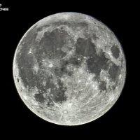 Луна :: Юрий Лобачев