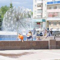 у фонтана :: Ольга Русакова