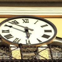 time :: Николай Фролов