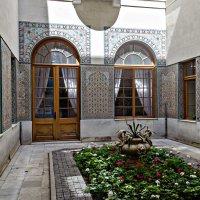 Внутренний дворик :: Андрей Щетинин