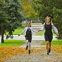 Осенняя прогулка :: Лилия Масло