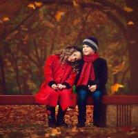Осень. Детская дружба :: Татьяна Семёнова