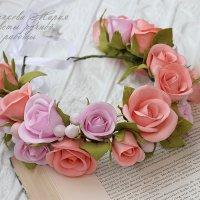 Веночек с розами :: МАРИЯ БЫЧКОВА