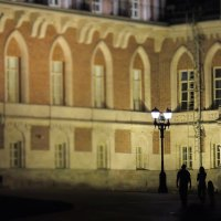 Вечерняя прогулка в Царицыно :: Елена Ом