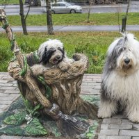 собачки в сказочном городе - баба Яга :: Лариса Батурова