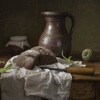 Натюрморт с хлебом :: Татьяна Карачкова