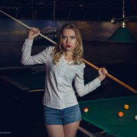 В бильярдном клубе :: Андрей Мирошниченко