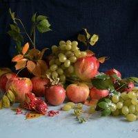 Осень добрая пришла, нам подарки принесла... :: Anna Gornostayeva