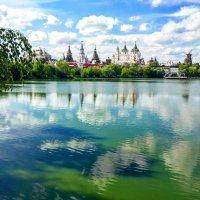 Вид на Измайловский кремль :: Константин Поляков