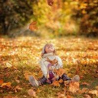 Осень золотая :: Виктория Дубровская