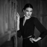 Девушка в чёрном :: Алекс Римский