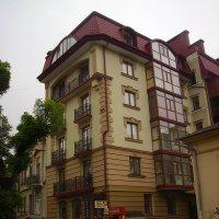 Офисное   здание  в   Ивано - Франковске :: Андрей  Васильевич Коляскин