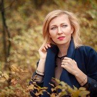 Осенняя прогулка :: Roman Sergeev