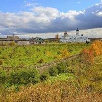 Осень в Крыпецком монастыре :: Константин