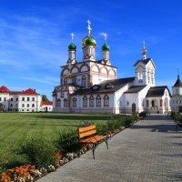 Троице-Сергиев Варницкий монастырь :: Алла ************