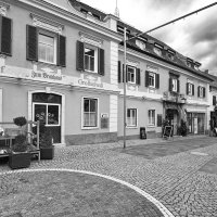 Улочка старого центра :: M Marikfoto