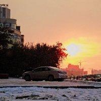 Утром у офиса :: Сергей Яценко