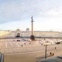 Дворцовая площадь :: Светлана Луговая
