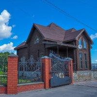 Новый дом в старом стиле. Чкаловск. :: Сергей Тагиров
