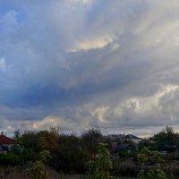 И вновь чудо-осень плывет в вышине......  Наталия Баух. :: Elena Izotova