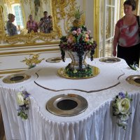 Чудо -столик :: Вера Щукина