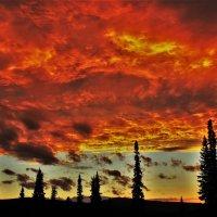 Горящее небо :: Сергей Чиняев