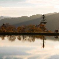 отражение горного озера :: Алексей Яковлев