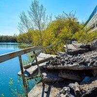 мост, камни, обрыв :: Света Кондрашова