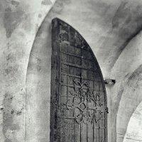 Дверь в старину. :: Андрий Майковский