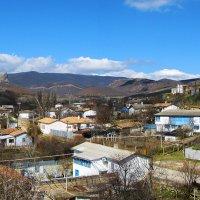 Уютная деревенька в горах :: Юрий Яловенко
