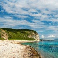 Безлюдный пляж. :: Поток
