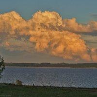 Летний вечер с облаками... :: Алексей Сычёв