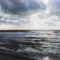 Море прекрасно в любую погоду :: Margarita