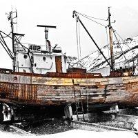 Старая рыболобная шхуна :: Alexander Dementev