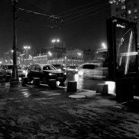 Москва вечерняя, первый снег :: Михаил Зобов