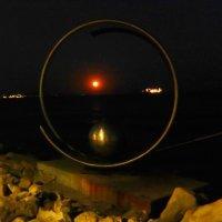 Луна поднялась над морем. :: Natali