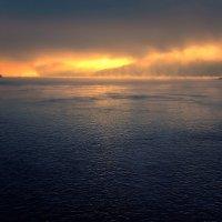 Туманное утро над Амуром. :: Виктор Иванович