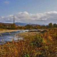 Осенний лес, река, природа... и линия электропередач!) :: Арина