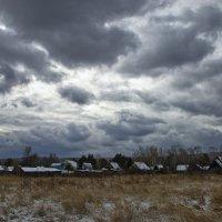 Поздней осенью в деревне :: Евгений Карский