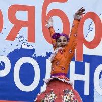Задор танца . :: юрий Амосов