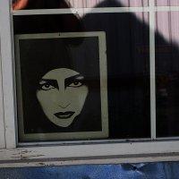 В окне :: Борис Александрович Яковлев