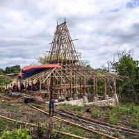 Строительство дома,о.Сумба,Индонезия.Или-Назад в прошлое :: Александр